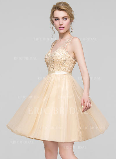 A-Line V-neck Knee-Length Tulle Bridesmaid Dress With Beading Sequins (007090158)