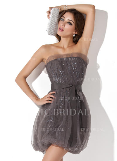 Sheath/Column Scalloped Neck Short/Mini Cocktail Dresses With Ruffle Sequins (016013722)