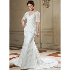 Trumpet/Mermaid Sweetheart Chapel Train Wedding Dresses With Beading Appliques Lace (002196865)