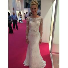 Delicate Scoop Sheath/Column Wedding Dresses Floor-Length Sweep Train Tulle Long Sleeves