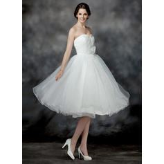 A-Line/Princess Sweetheart Knee-Length Wedding Dresses With Ruffle Flower(s) Sequins (002196900)