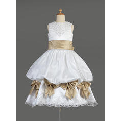 Gorgeous Scoop Neck Empire Flower Girl Dresses Tea-length Satin Sleeveless (010014610)
