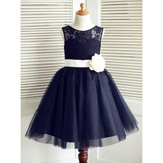 Delicate Scoop Neck A-Line/Princess Flower Girl Dresses Knee-length Tulle/Lace Sleeveless