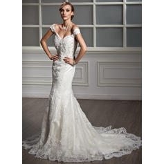 Trumpet/Mermaid Sweetheart Chapel Train Wedding Dresses With Lace Beading