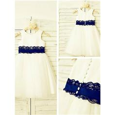 A-Line/Princess Scoop Neck Tea-length With Lace Satin/Tulle Flower Girl Dresses