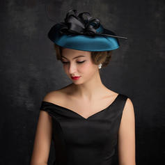 Feather/Fil net/Tulle avec Feather Chapeaux de type fascinator Style Classique Dames Chapeau
