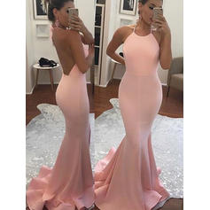 Trumpet/Mermaid Halter Sweep Train Prom Dresses