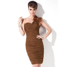 Sheath/Column One-Shoulder Knee-Length Chiffon Cocktail Dresses With Ruffle Beading Feather