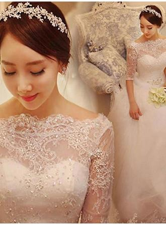 Off-The-Shoulder Ball-Gown Wedding Dresses Tulle Lace Beading Half Sleeves Court Train