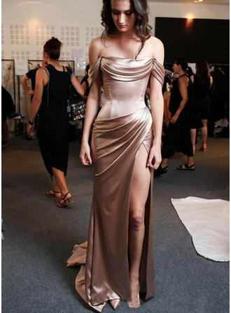 Sheath/Column Off-the-Shoulder Sweep Train Evening Dresses With Split Front