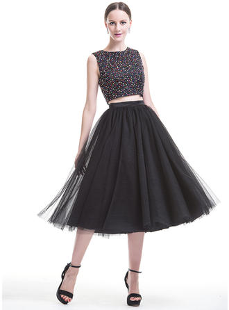 A-Line/Princess Scoop Neck Tea-Length Satin Tulle Homecoming Dresses With Beading Sequins