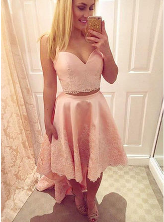 A-Line/Princess Strapless Asymmetrical Satin Homecoming Dresses With Appliques Lace