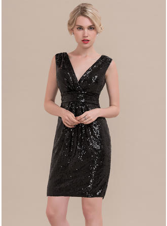 Sheath/Column V-neck Knee-Length Sequined Homecoming Dresses With Ruffle