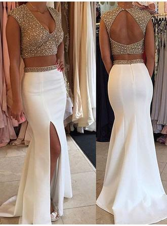 Trumpet/Mermaid Satin Prom Dresses Beading Split Front V-neck Sleeveless Sweep Train Detachable