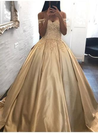 Ball-Gown Off-the-Shoulder Sweep Train Evening Dresses With Appliques