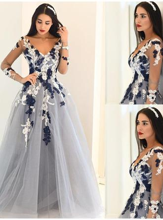 A-Line/Princess Tulle Prom Dresses Appliques Lace V-neck Long Sleeves Sweep Train