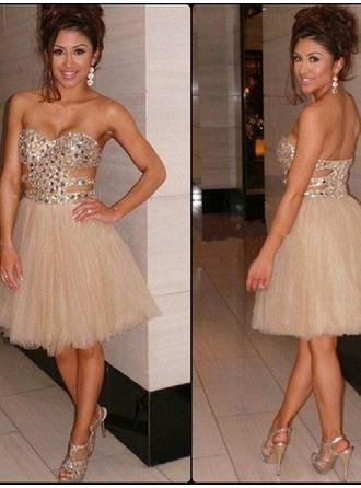 A-Line/Princess Sweetheart Knee-Length Cocktail Dresses With Beading