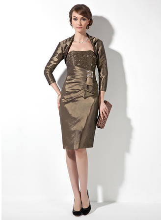Sheath/Column Sweetheart Knee-Length Mother of the Bride Dresses With Beading Cascading Ruffles