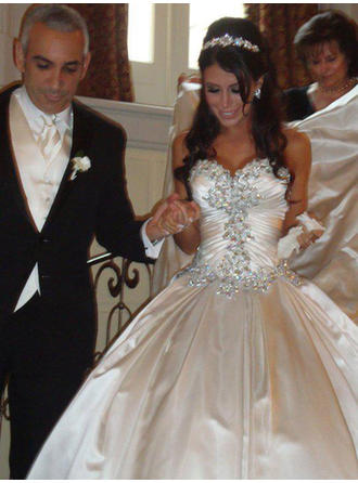 Ball-Gown Sweetheart Royal Train Wedding Dresses With Ruffle Beading