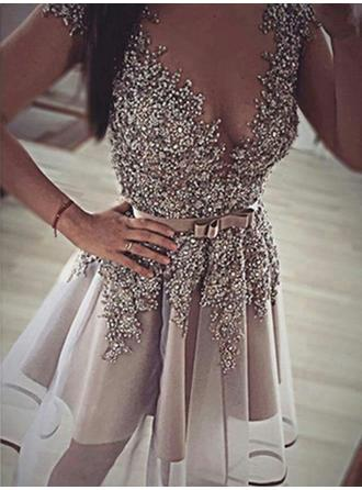 A-Line/Princess V-neck Short/Mini Prom Dresses With Beading Sequins