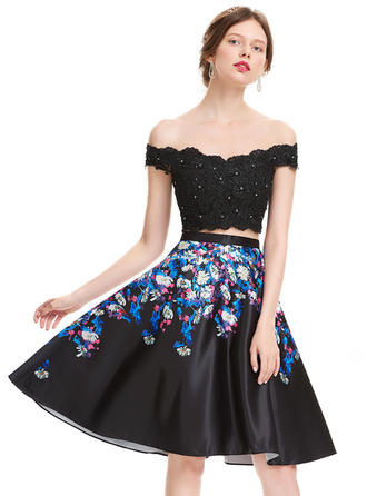 A-Line/Princess Off-the-Shoulder Knee-Length Satin Homecoming Dresses With Beading Sequins