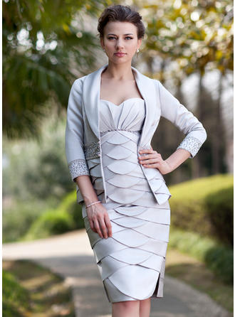 Sheath/Column Sweetheart Knee-Length Mother of the Bride Dresses With Ruffle Beading Split Front