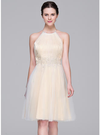 Simple Halter A-Line/Princess Wedding Dresses Knee-Length Tulle Sleeveless