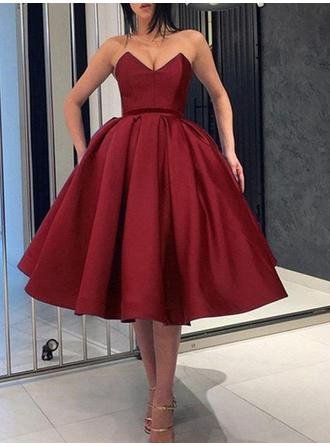 Ball-Gown Sweetheart Knee-Length Homecoming Dresses With Ruffle