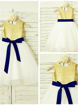 A-Line/Princess Scoop Neck Knee-length With Sash Tulle/Sequined Flower Girl Dresses