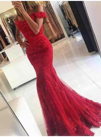 Trumpet/Mermaid Off-the-Shoulder Sweep Train Tulle Evening Dresses With Appliques Lace