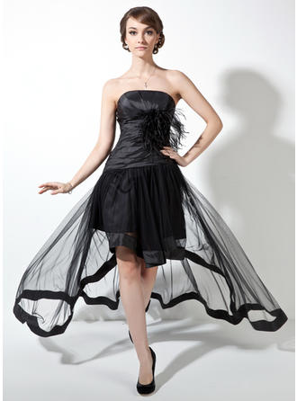 A-Line/Princess Taffeta Tulle Prom Dresses Ruffle Feather Strapless Sleeveless Asymmetrical