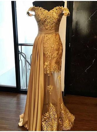 Sheath/Column Off-the-Shoulder Floor-Length Prom Dresses With Ruffle Appliques