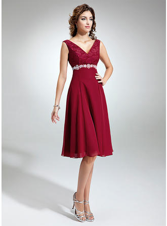 Empire Chiffon Lace Sleeveless V-neck Knee-Length Zipper Up Mother of the Bride Dresses