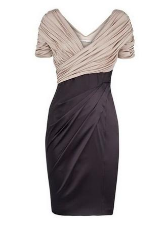 Sheath/Column V-neck Knee-Length Mother of the Bride Dresses With Ruffle