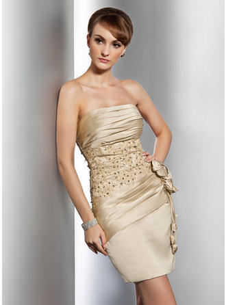 Sheath/Column Strapless Short/Mini Satin Cocktail Dresses With Ruffle Beading Appliques Lace Flower(s)